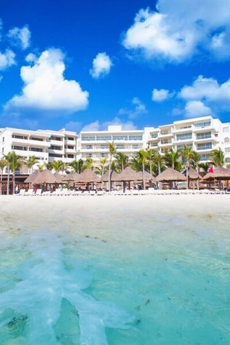 Book now and travel all year    Hotel NYX Cancún Cancun